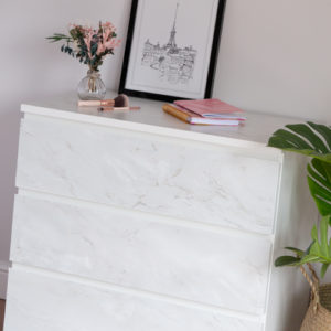 45cm x 1m up to 15m dc fix MARBLE ROMEO MATT WHITE sticky back plastic vinyl wrap film (200-3249)